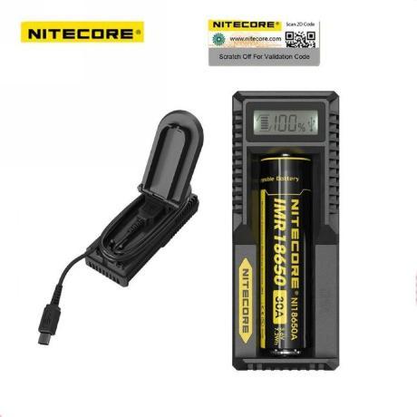 Зарядное устройство для аккумуляторных батарей Nitecore UM10 220V